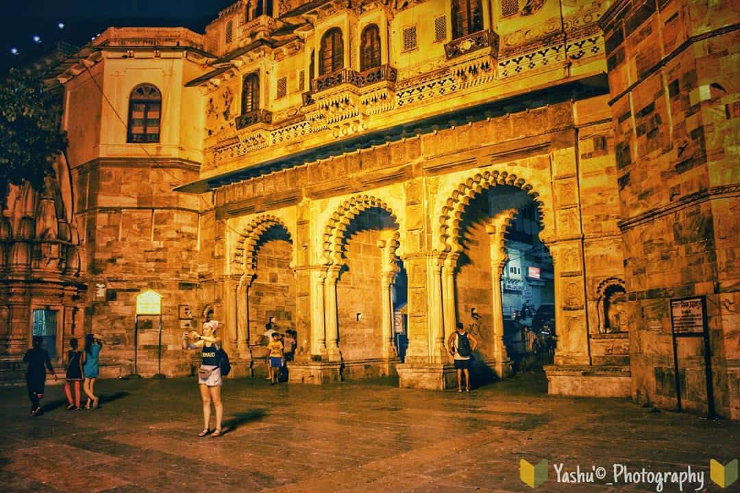 taxi tour udaipur night sightseeing