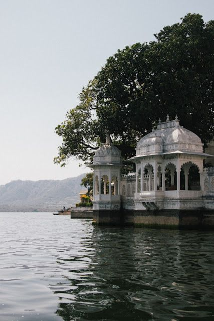 udaipur sightseeing tour taxi
