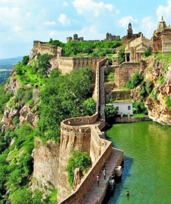 places to visit near udaipur