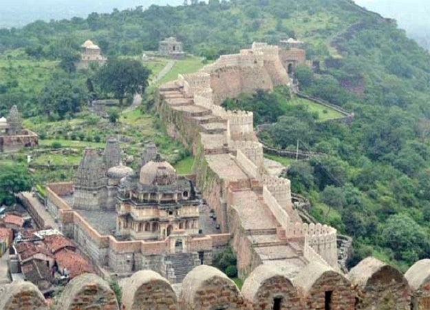 places to visit in kumbhalgarh cabs
