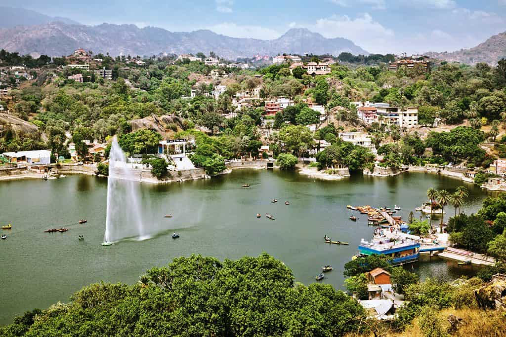 udaipur mount abu sightseeing taxi