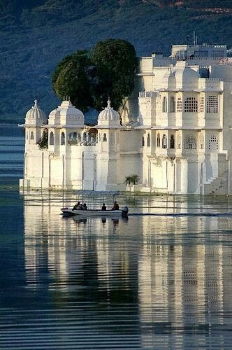 udaipur tourist sites