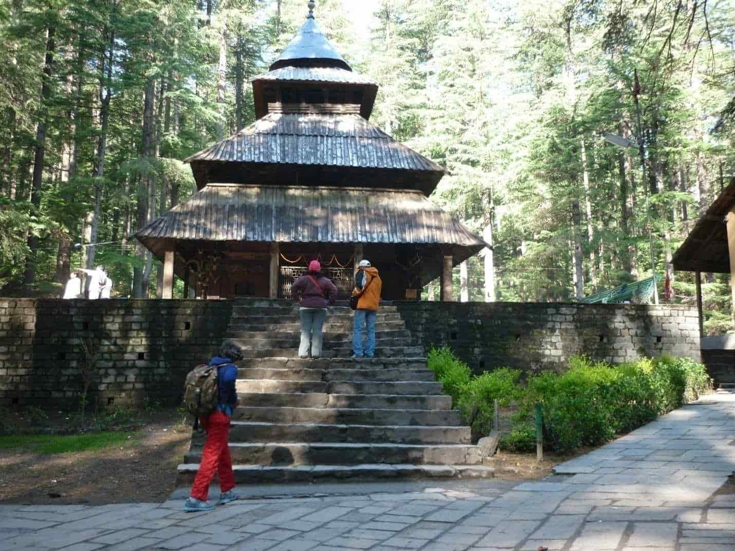 cab for manali tour